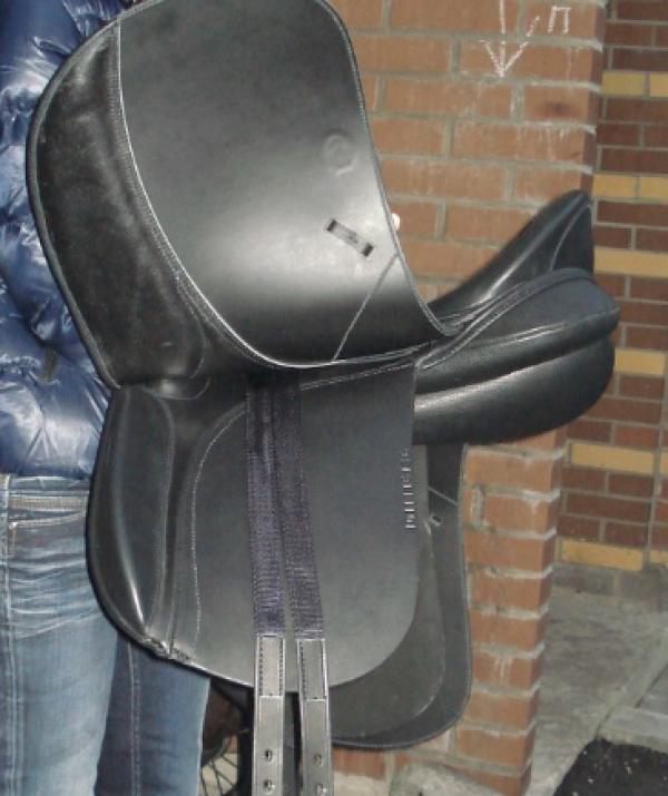 Седло Диамант купить в интернет магазине конной амуниции