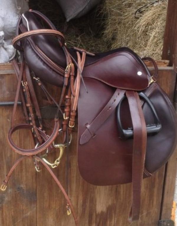Седло Премиум купить в интернет магазине конной амуниции